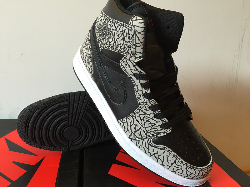 check out 4d11e bd1c3 magasin jordan retro 1 oreo,homme air jordan 1 high noir et gris - s2
